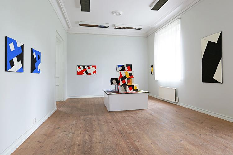 Cajsa Holmstrands konstverk i rum 2.