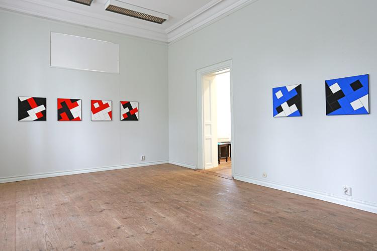 Cajsa Holmstrands målningar i rum 2.