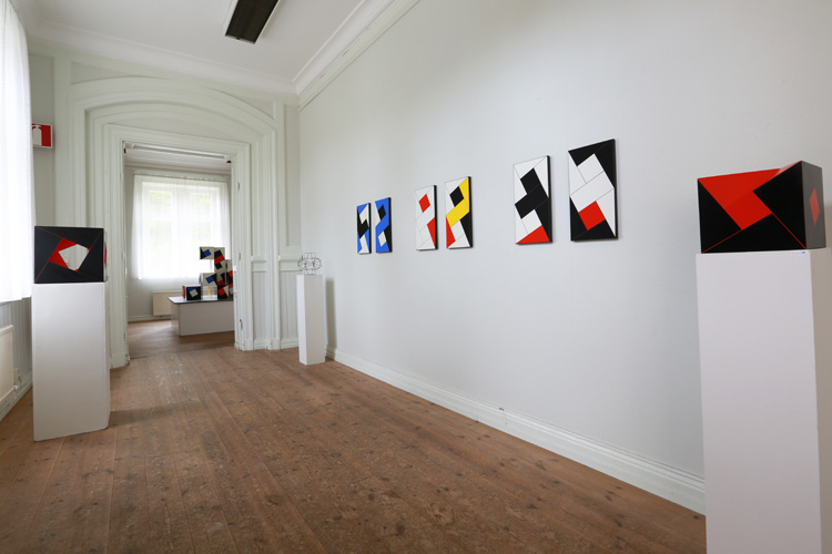 Cajsa Holmstrands konstverk i rum 3.
